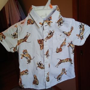 2 for $15 Old Navy kids shirt size 12-18 months